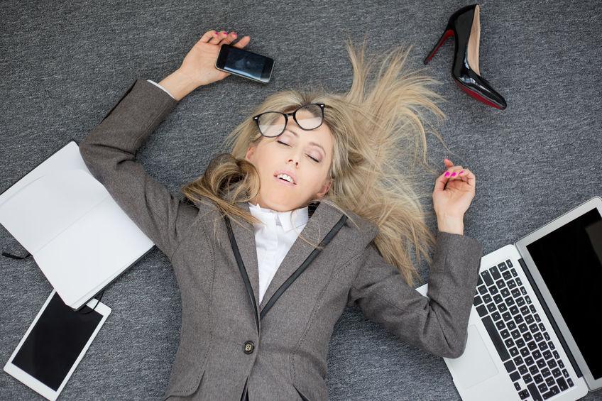 Te veel werken? Dan mogelijk kans op ontslag